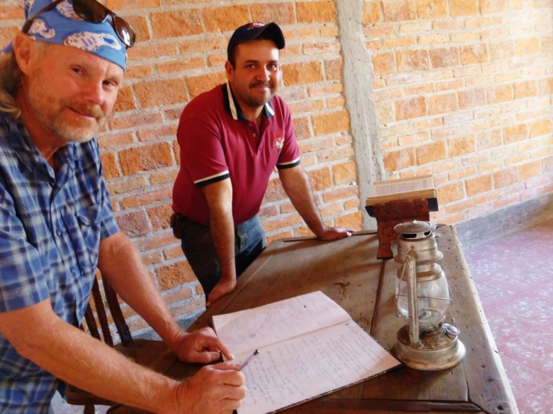 Signing Cuauhtemoc's guest book, we observed that the few visitors he received were Mexican.  This was a remote area.