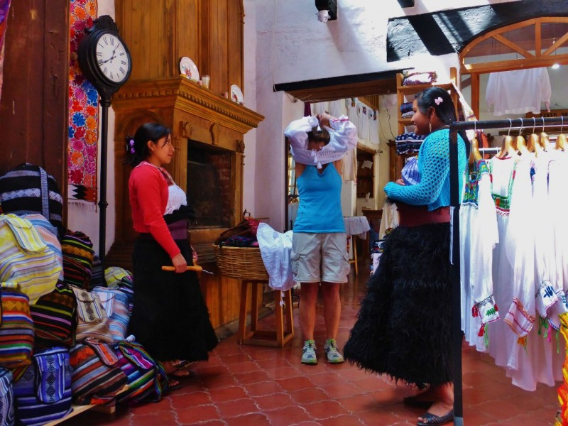 We spent Valentine's Day in the romantic town of San Cristobal de las Casas.  The city is rich in both Native (Mayan descendants) and Spanish Colonial history.  Beautiful woven textiles and handmade garments are everywhere.  The woman on the right is Mari.  She hand sewed the blouse I bought.  The skirts the girls are wearing are thick fuzzy wool, a very popular style here.