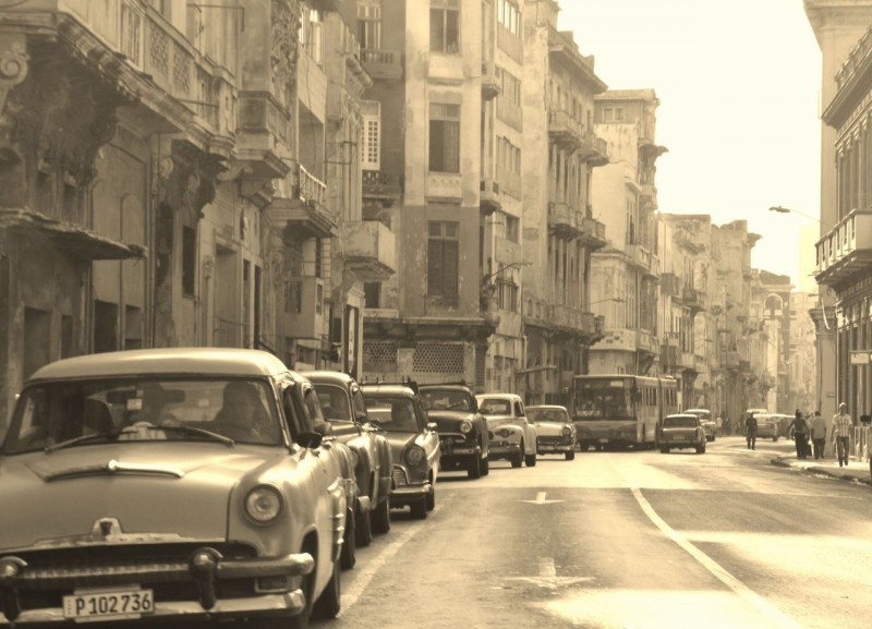 If it weren't for the modern bus, this shot could be 1955.