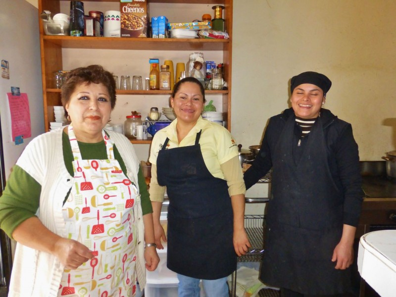 Luz Marie and her employees made our wonderful meal.  Luz Marie had an interesting philosophy.  Most of the other Mexicans we spoke with warned us that the state of Michocan was too dangerous (thanks to the drug lords) to travel through.  But Luz Marie had just come from a nice visit to the capital city and was emphatic that there are good and bad people anywhere you go.  We tend to agree with her.