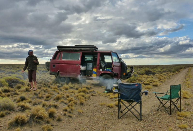 Ah, but we do still love the wide open desert.  Another lovely camp down a lonely dirt track off of the 40.  Dipping from arid to alpine provided refreshing contrasts.