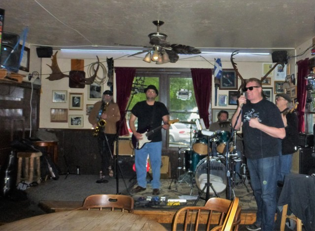 After Denali we continued south down the Parks Highway towards Anchorage. We took a side trip to the touristy but fun town of Talkeetna where we camped at the baseball park and partied to this blues band at the historic Fairview Inn.