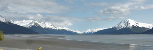 From Anchorage, we drove southeast along the famous Turnagin Arm, a 45 mile waterway in the northwestern part of the Gulf of Alaska. The Arm is famous for its wild bore tides that form surf-worthy waves as incoming tide meets outgoing. We missed this particular phenomenon, but there are some fun videos on YouTube under Turnagin Arm or Bore Tide.